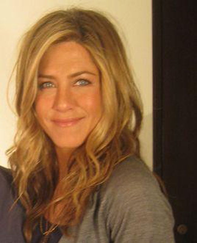 She Has A Negative Self-Image is listed (or ranked) 2 on the list Jennifer Aniston's Life In Hollywood Has Been Pretty Dark And Depressing