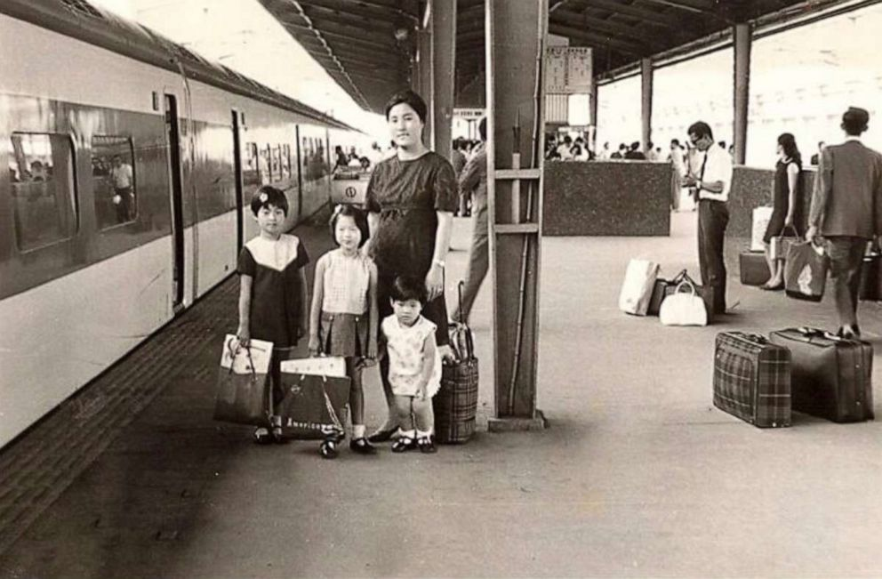 PHOTO: Juju and her family are photographed at a train station.