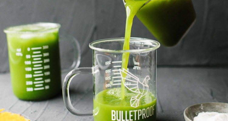 9 Keto Green Smoothie And Green Juice Recipes for Detox And Glowing Skin