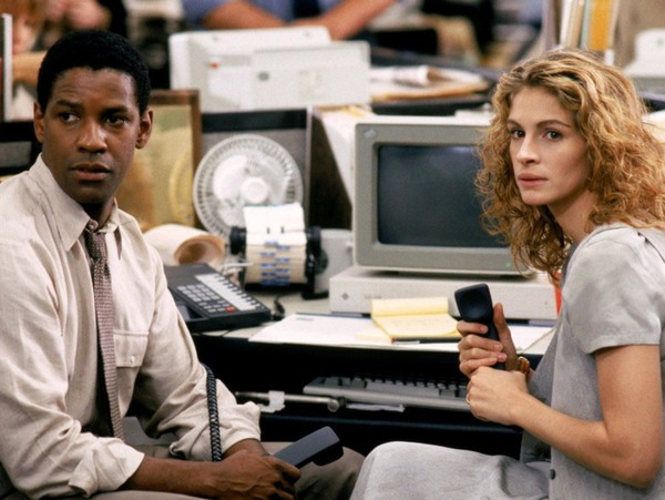 Screenshot from The Pelican Brief with Denzel Washington on the left and Julia Roberts on the right.