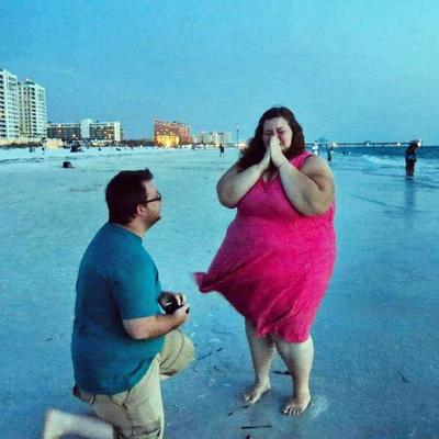 /fitness/one-womans-incredible-rise-to-fame-after-shedding-a-whopping-420-lbs/img/RiseToFameAfterSheddingaWhopping420lbs06__MobileImageSizeReigNN.jpg