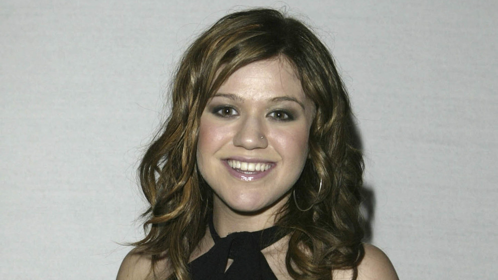 Kelly Clarkson at an event in 2004
